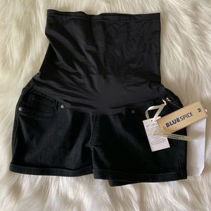 Pants - Black maternity shorts NWT